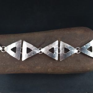 R320PUL-300x300 Pulsera Geometrix triángulo